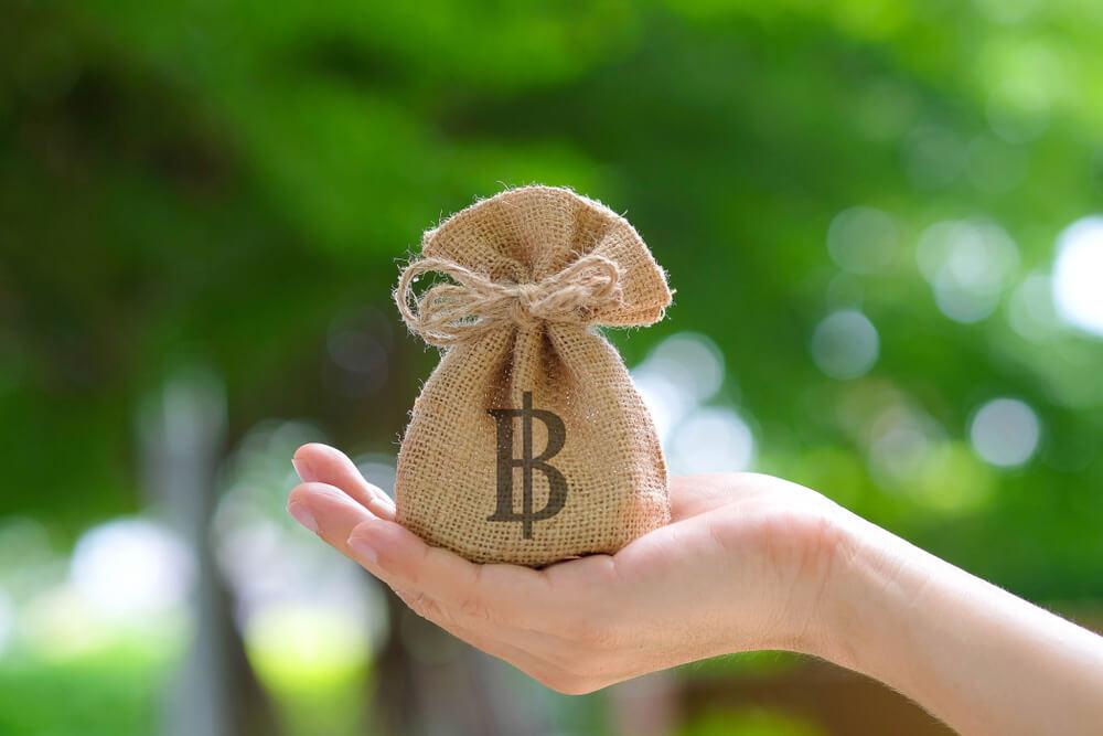 金は天下の回り物と信じて困っている人の援助をする