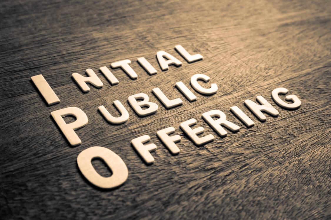 IPOとは一般には株式を新規公開する事や株式の公募による募集や売り出しの事を指します