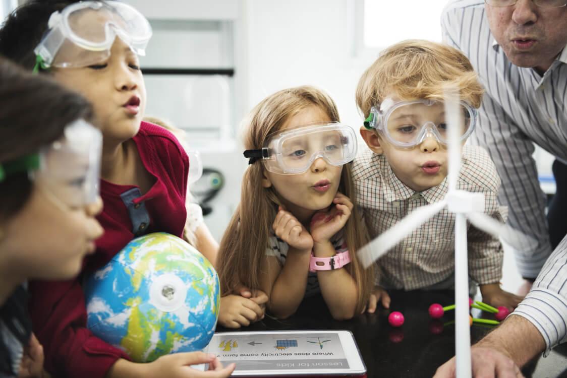 科学に興味ある子を育てる