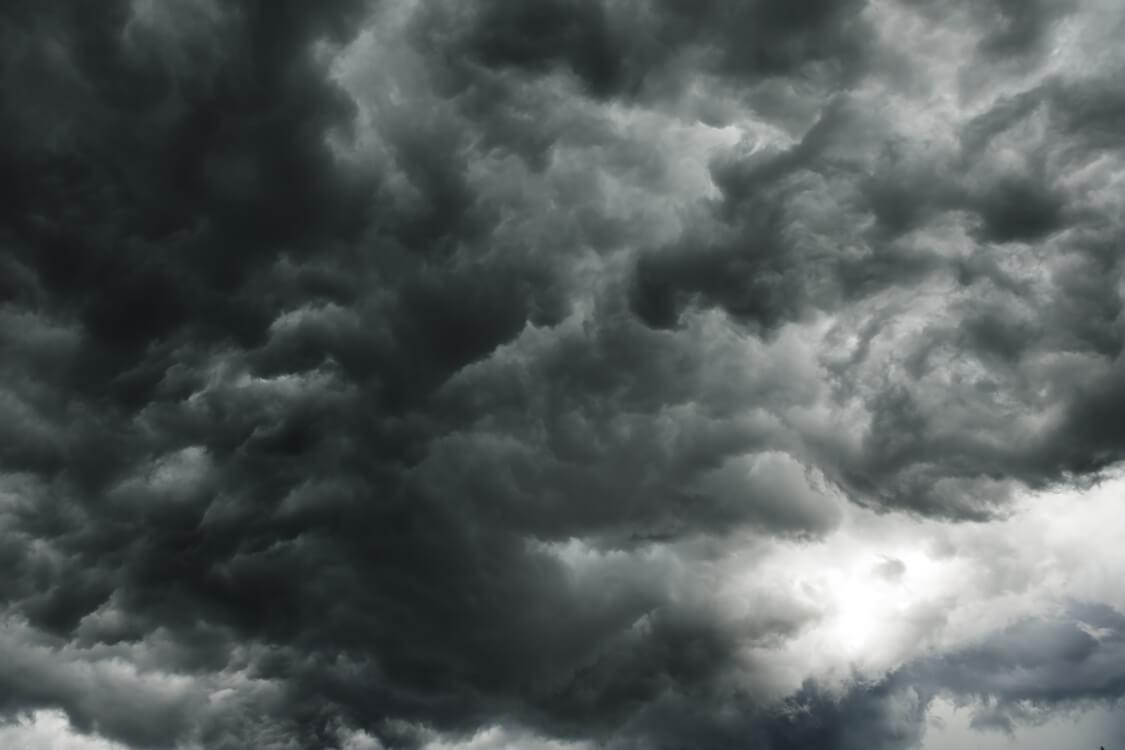 暗雲低迷の心境