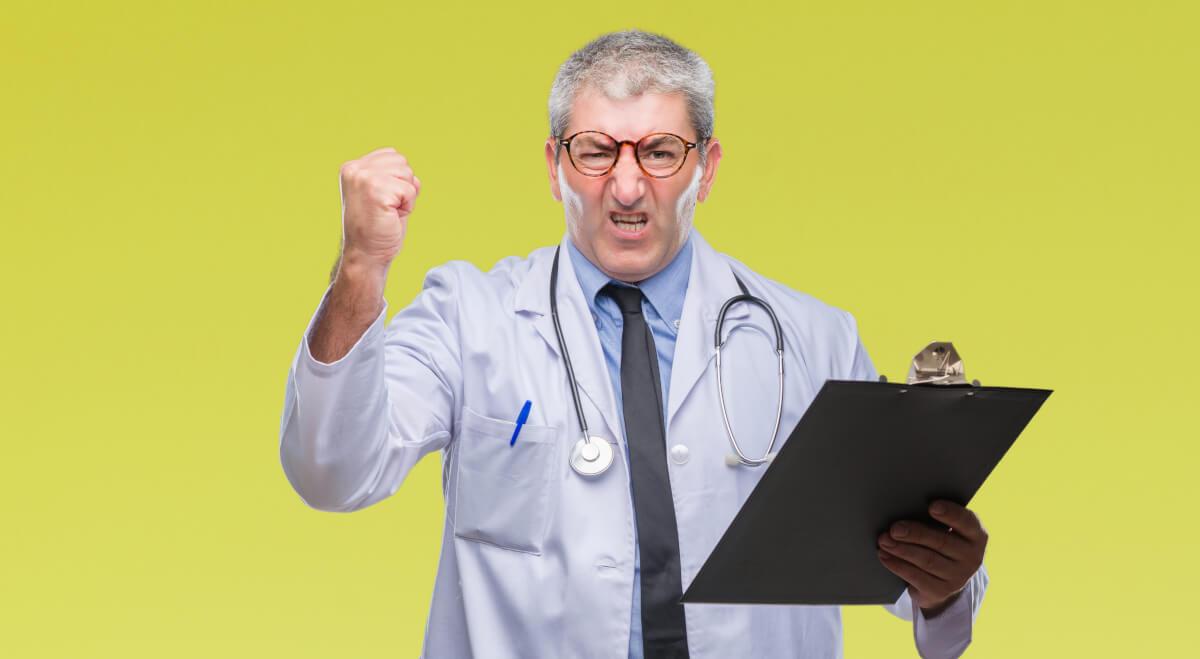 ドクハラとは医師による患者への嫌がらせのこと