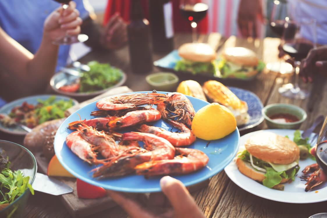 酒池肉林とは贅沢の限りを尽くした宴会を表します。