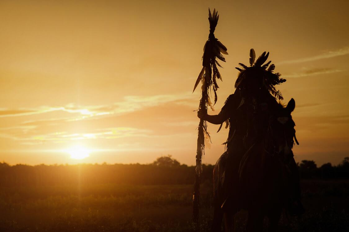 ネイティブアメリカンと同義とされているインディアン