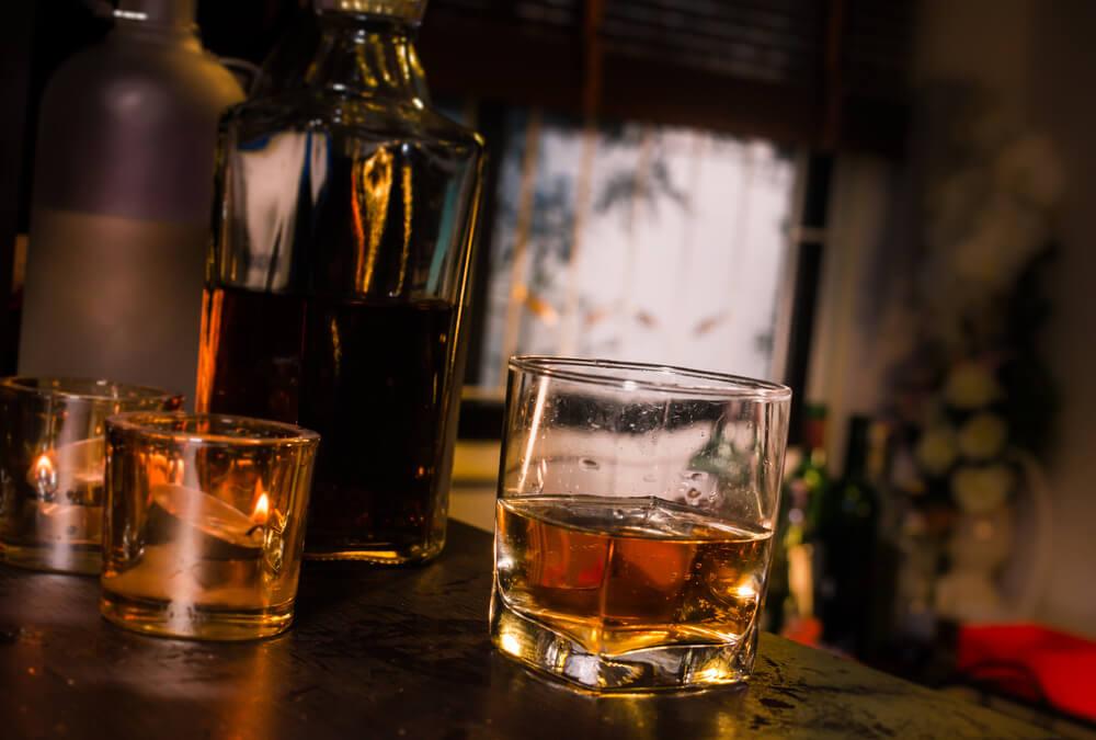 夜の強いお酒