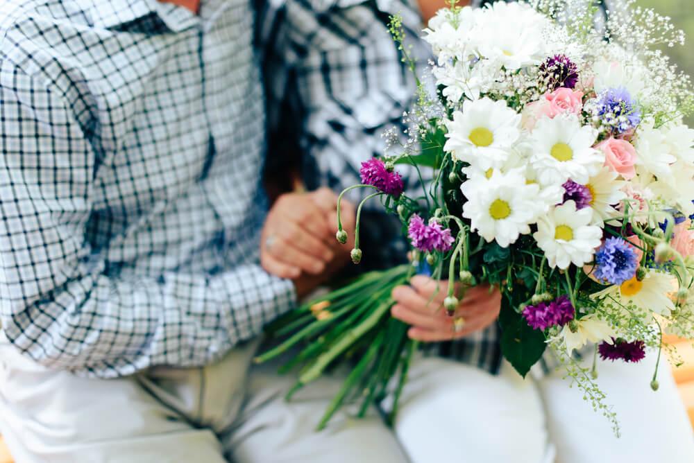 敬老の日に花を贈る