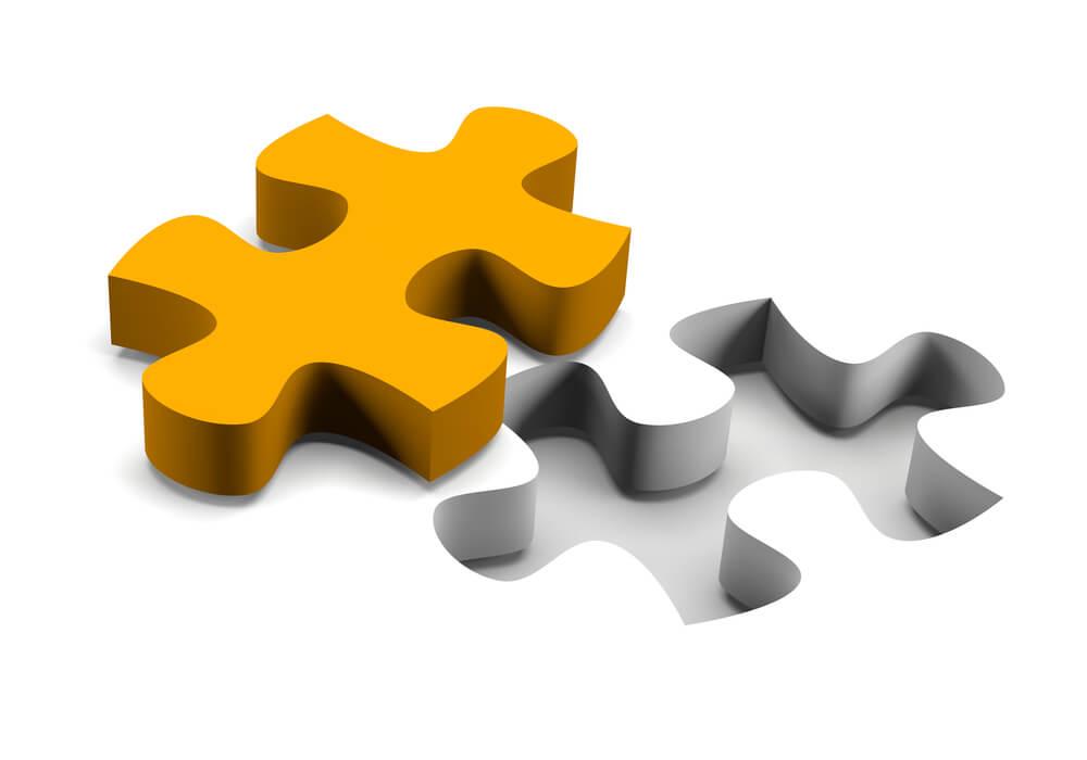 パズルのピースと形がぴったり合っている穴