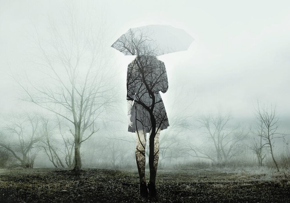 雨の中悲喜こもごもの感情がめぐる