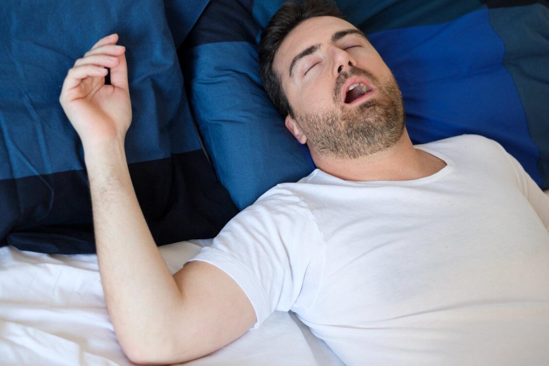 睡眠時無呼吸症候群の人