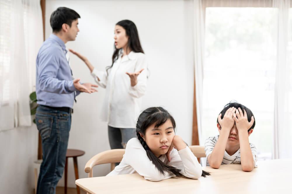 毒親に悩まされる子供たち