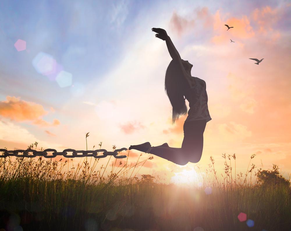 贖罪の気持ちが心の鎖になっている女性