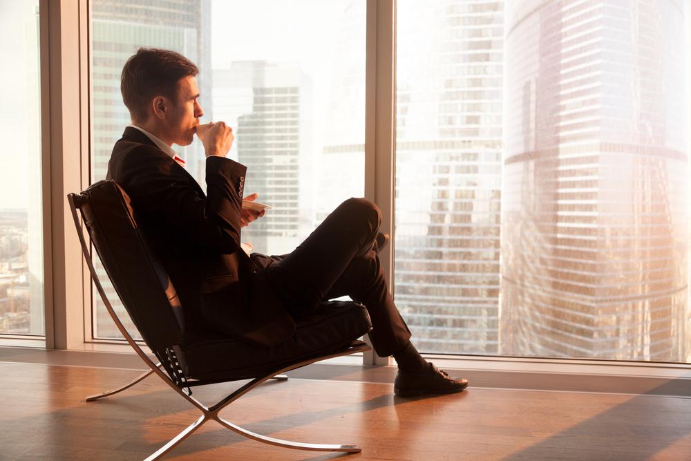 ビジネスで成功して時代の寵児となった男性