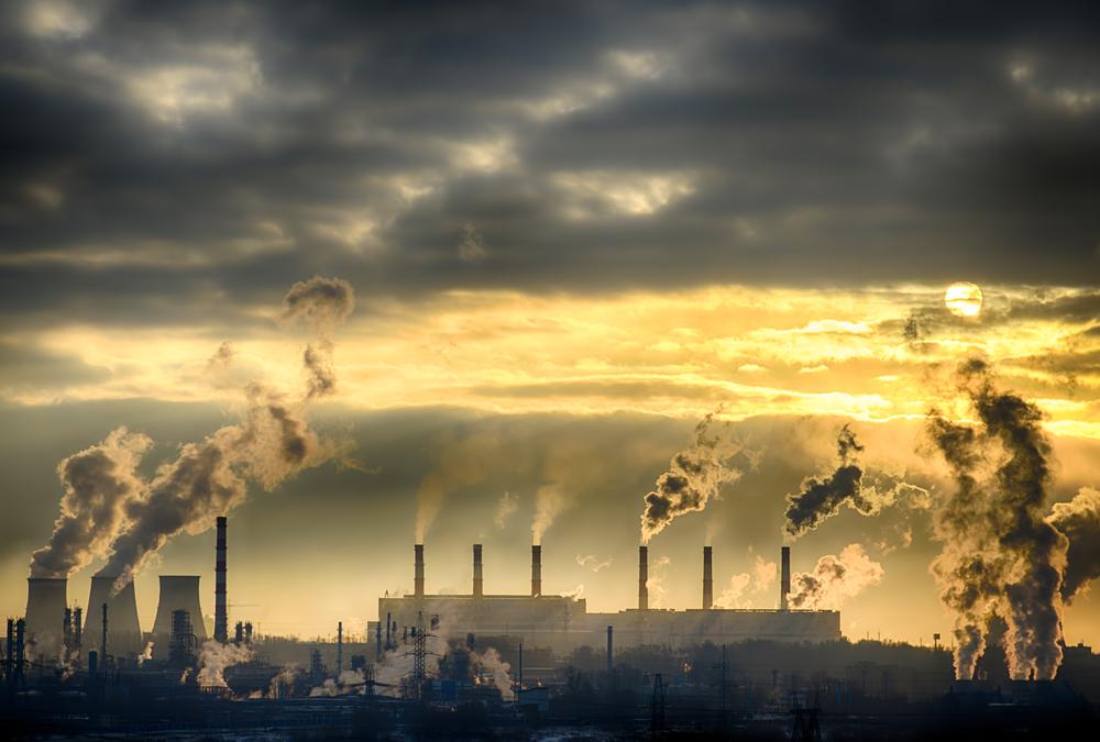 温室効果ガスの影響で環境問題は年々深刻化している