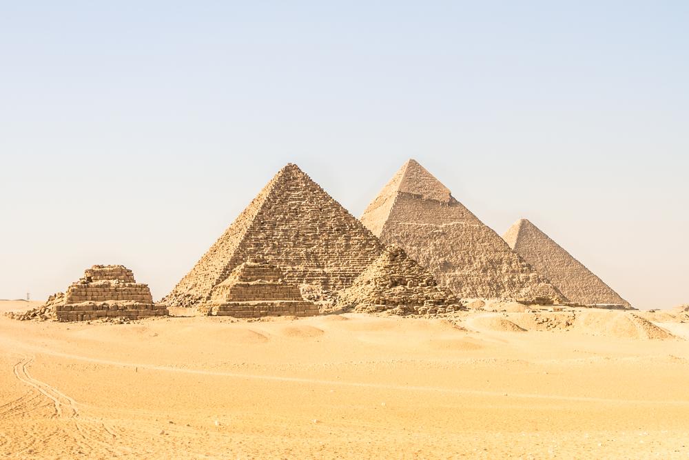ピラミッド・プリンスプルをピラミッドで表現。